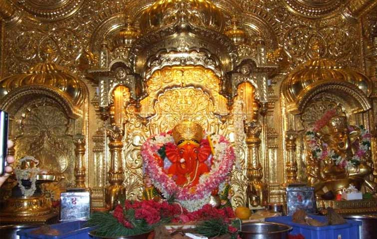 Famous ganesha temple in india - siddhivinayak temple mumbai