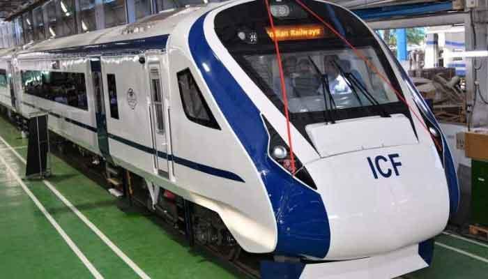 Train 18 kya hai, what is train 18 in hindi