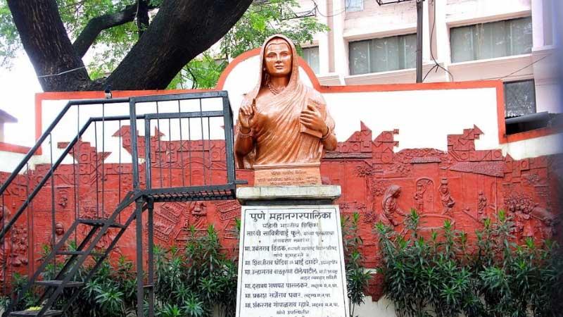 भारत की पहली महिला टीचर कौन थी