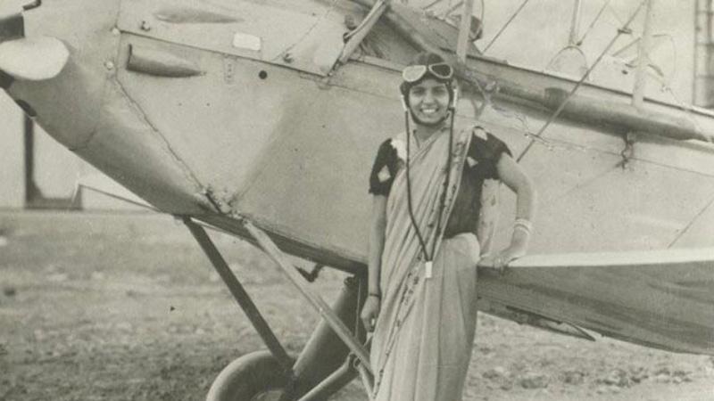 भारत की पहली महिला पायलट कौन थी